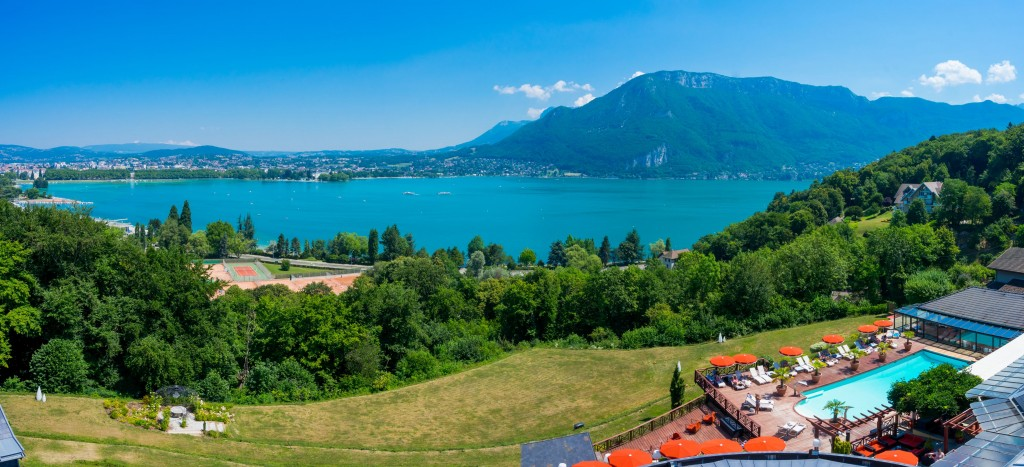 hotel-les-tresoms-vue-lac-annecy